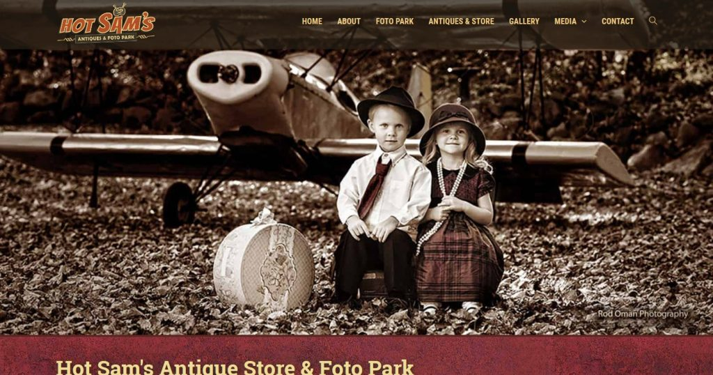 Hot Sam's Antique Store & Foto Park
